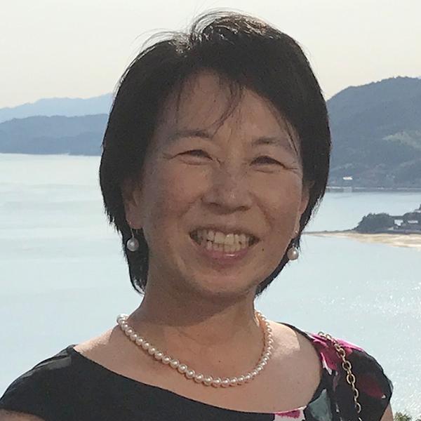肥塚 由紀子の顔写真