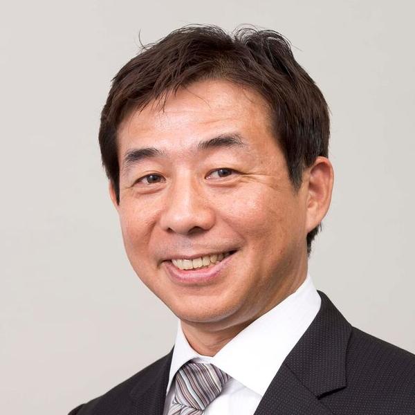 鶴本 浩司の顔写真