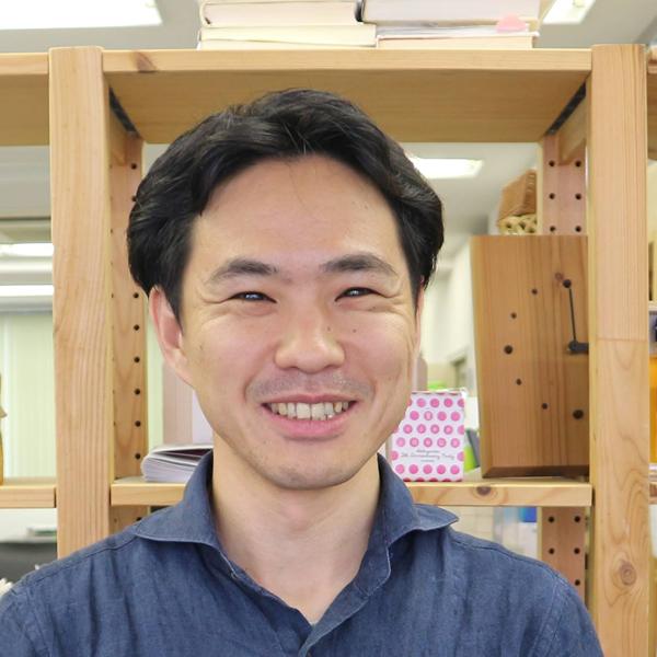 嶋田 俊平の顔写真