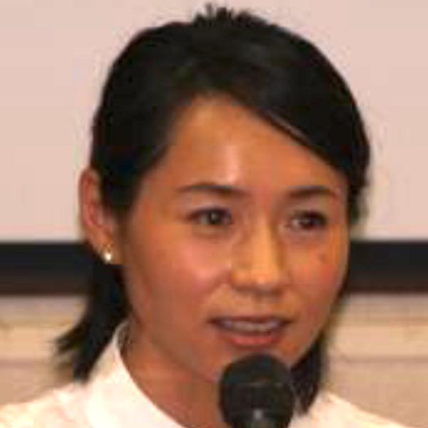 中西 佳代子の顔写真