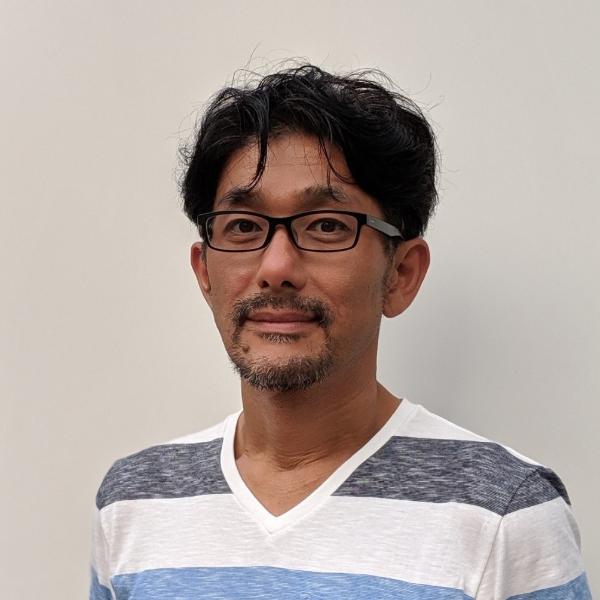 佐藤 哲也の顔写真